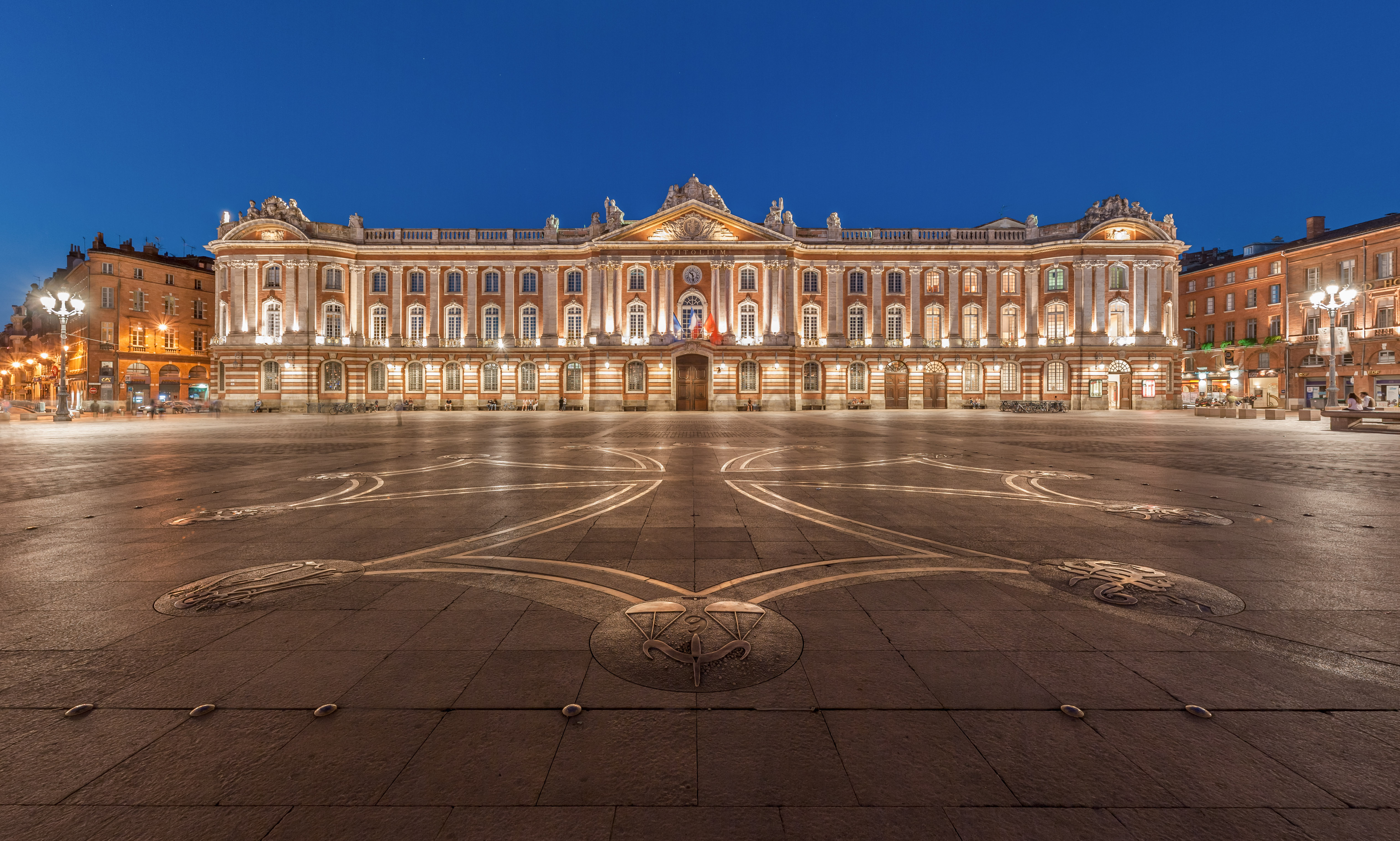 Toulouse u the pink city in global